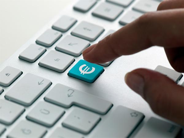 Commercio elettronico professionale od occasionale: quali adempimenti?